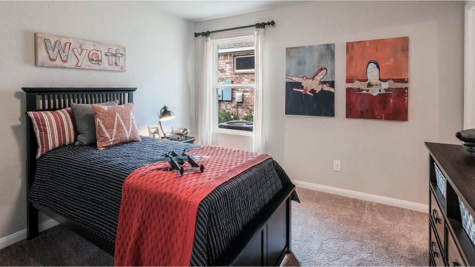 Rhine Valley Thayer Bedroom 2:Two bedrooms share a hall bathroom at the front of the home