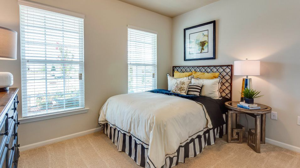 Fendol-Farms Residences II Collection Catalina II:Situated near the entrance, this separate bedroom is perfect for visiting relatives and overnight gu
