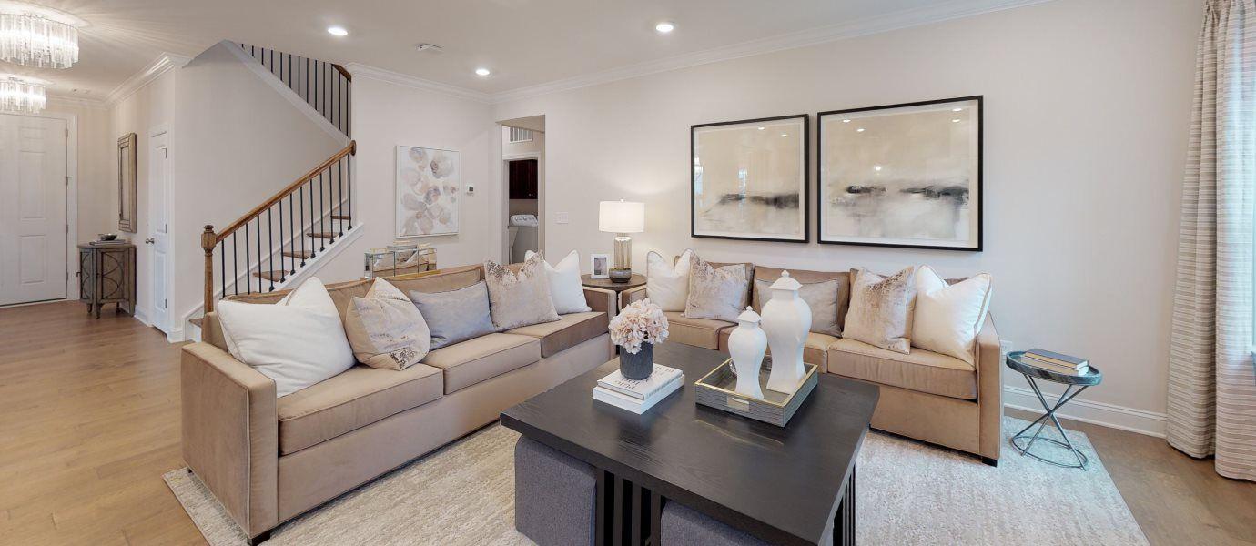 Clifford Glen Mayflower III Living Room