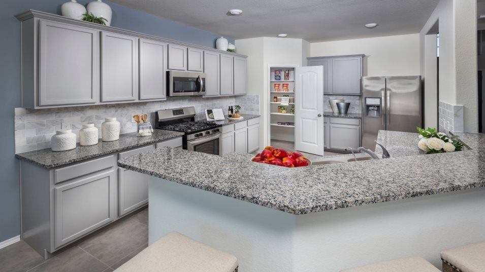 Newport Wildflower Collection Dewberry Kitchen:This chef-inspired kitchen features brand-new chrome appliances, high bar seating, a large walk-in p