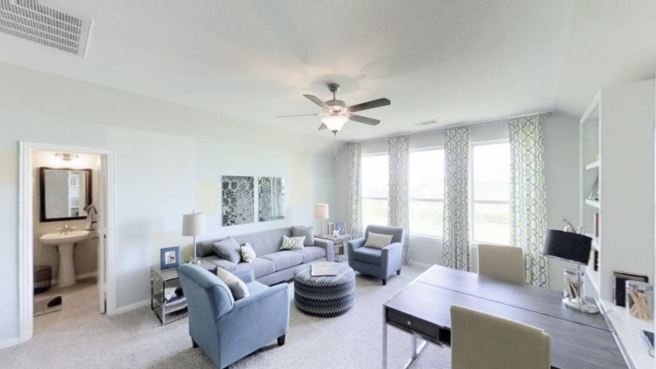 Lakes Of Savannah Texas Reserve Collection Jade Bo:Privately situated on the second floor, this versatile bonus room is easily transformed into a game
