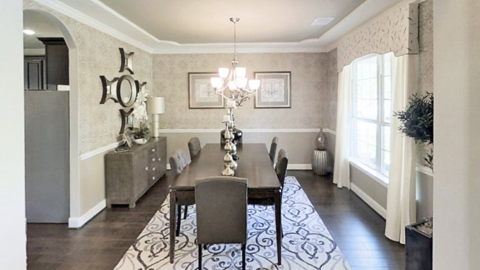 Lakes-Of-Savannah Texas Reserve Collection Sapphir:The formal dining room enjoys an elegant design with increased privacy for celebrations or gathering