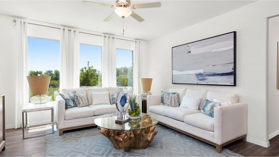Riverplace Parks Yankee Family Room:Unwind and spend time with loved ones in the sunlit family room which shares an open layout with the