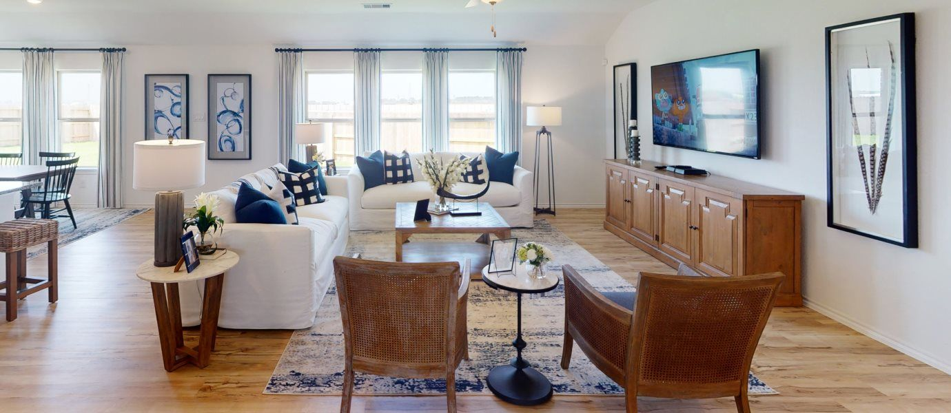 Winward Wildflower Collection Hanover Living