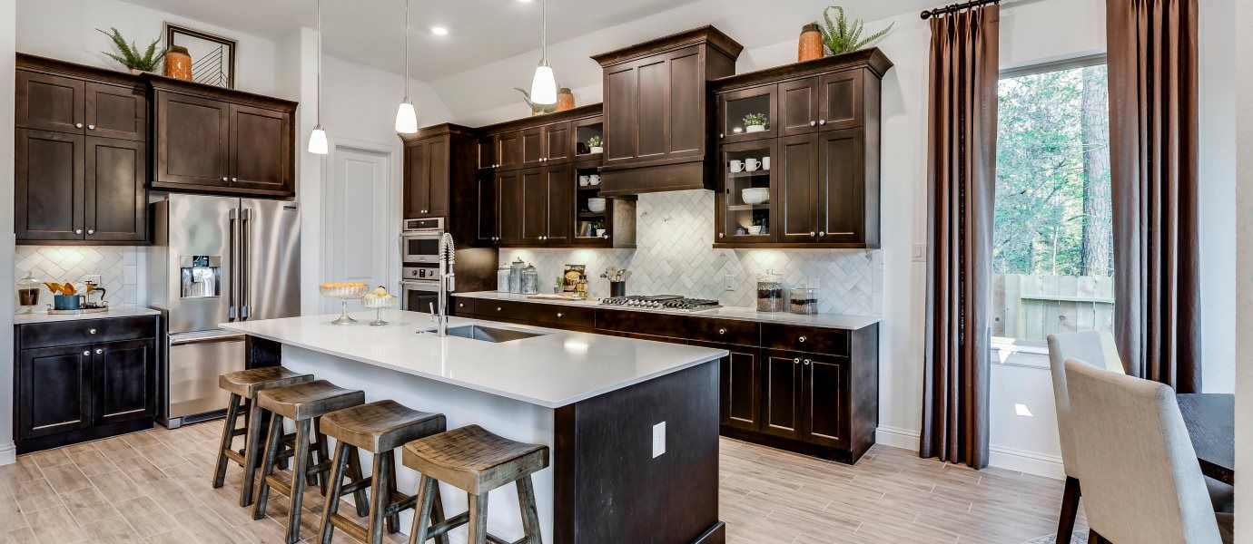 Woodtrace Icon Collection Rosecliff Kitchen