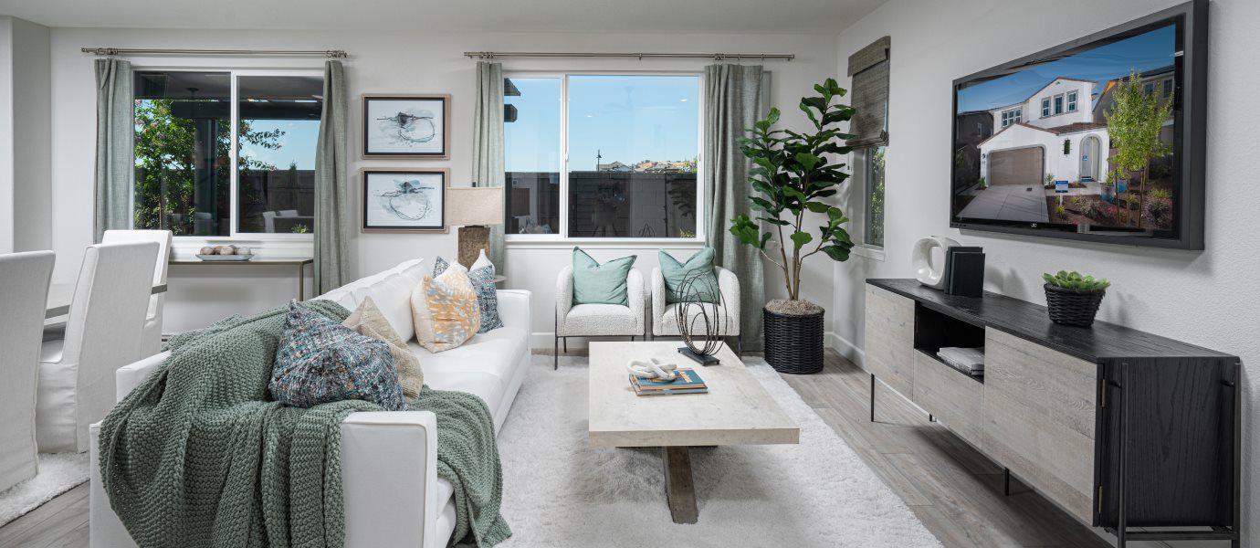 Residence 1828 Living Room