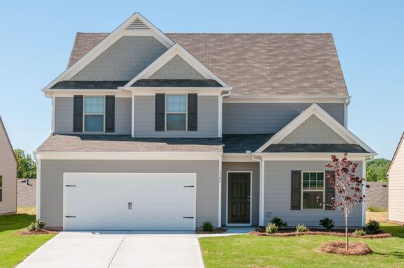 LGI Homes at Twelve Oaks:Twelve Oaks offers beautiful homes and outstanding amenities!