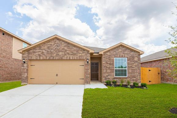 The Maple Plan by LGI Homes:LGI Homes at The Reserve at Park Lakes