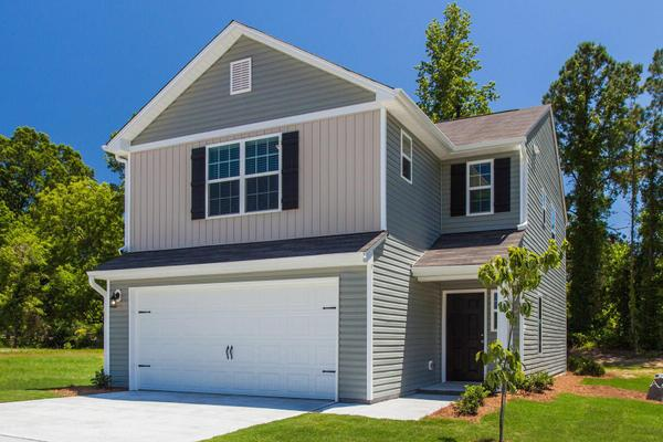 The Catawba Plan:Gorgeous home loaded with upgrades and move-in ready!