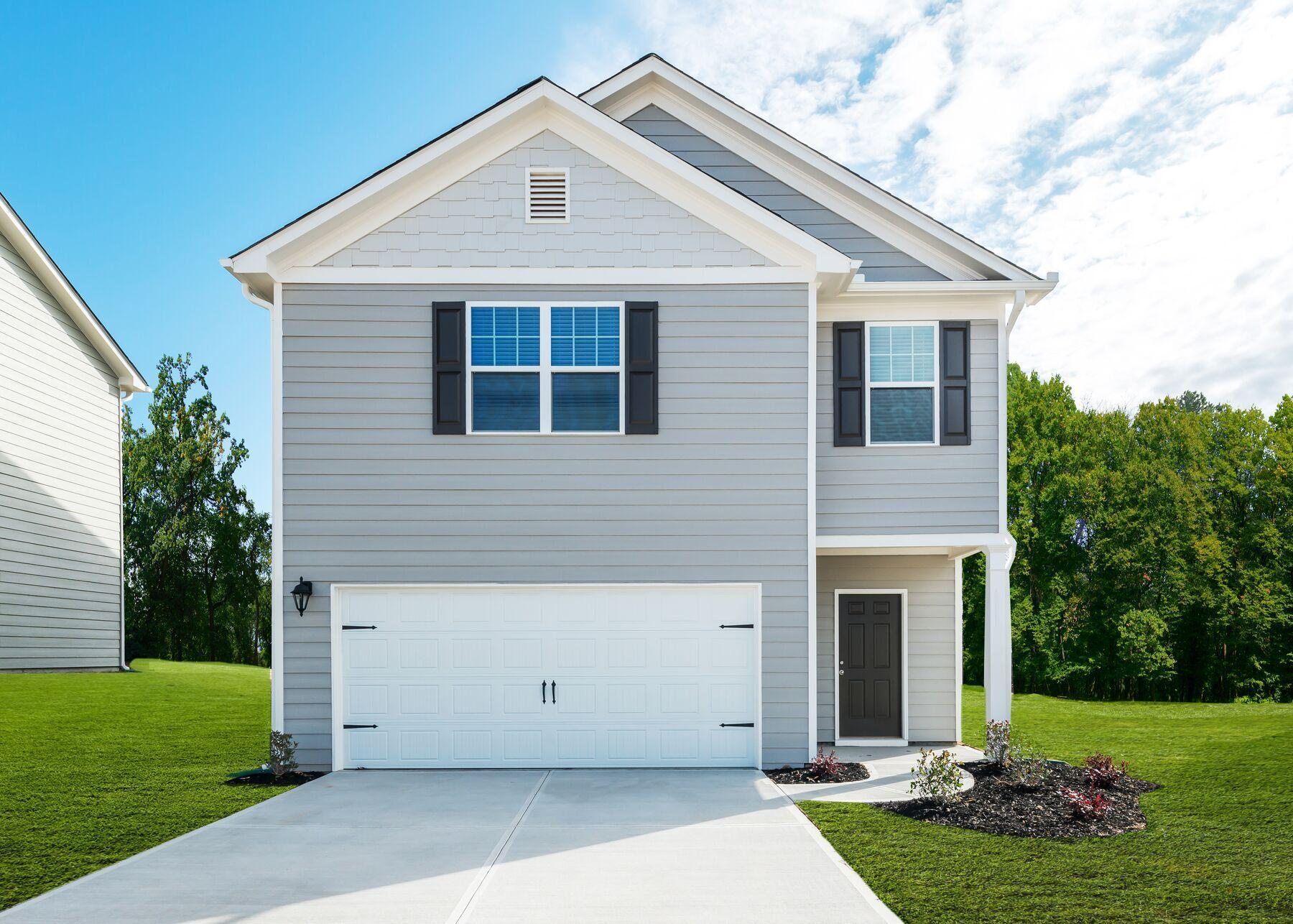 The Lincoln at Anneewakee Trails:Spacious home with great curb appeal