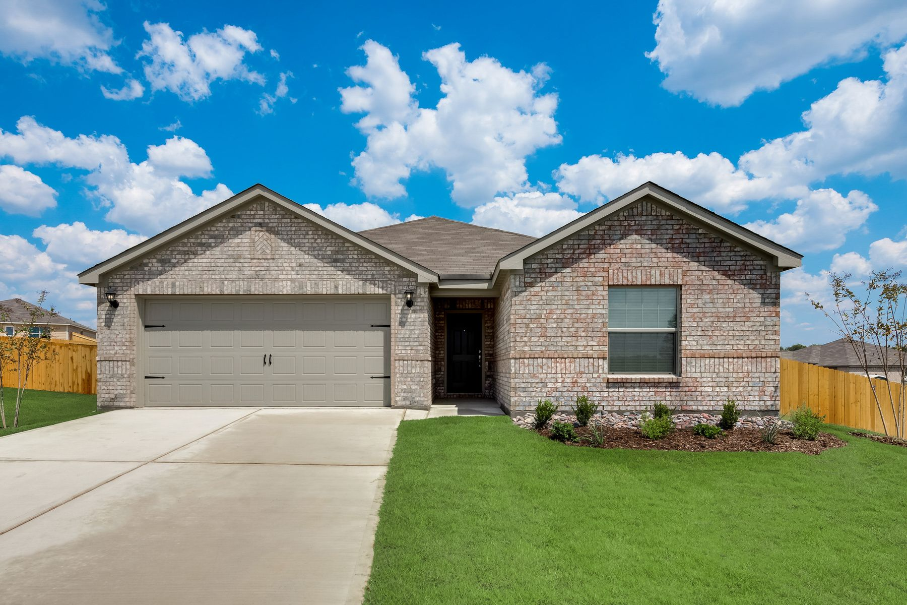 The Sabine Plan by LGI Homes:The Sabine is ready for quick move-in!