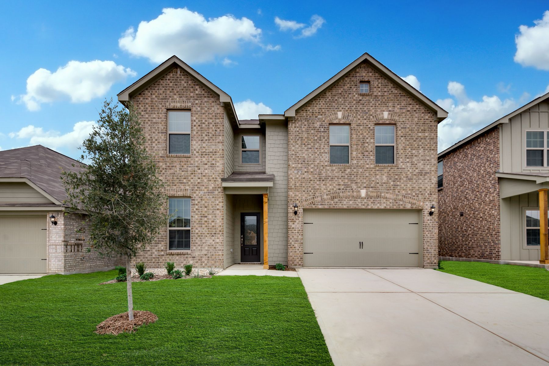 LGI Homes at Oak Ridge:The spacious Ozark plan at Oak Ridge.