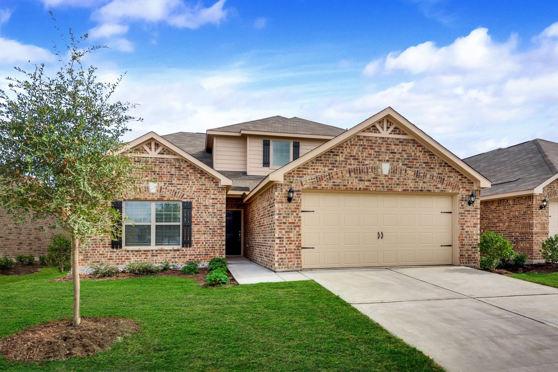 LGI Homes at Willowwood:The Cypress has great curb appeal!