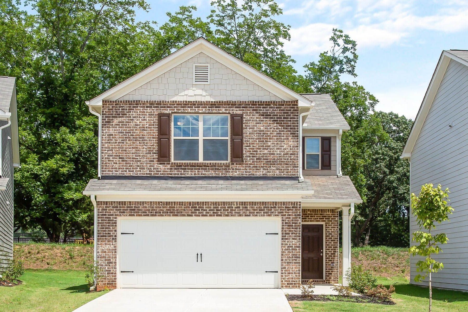 The Charleston by LGI Homes:Beautiful two-story home with plenty of entertainment space