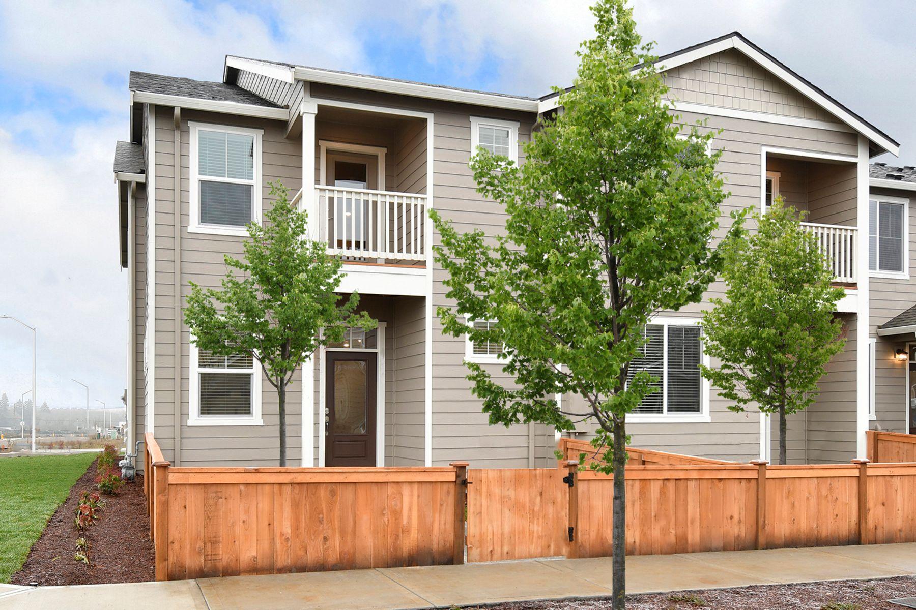 The Bend Townhome by LGI Homes:LGI Homes  at 5th Plain Creek Station