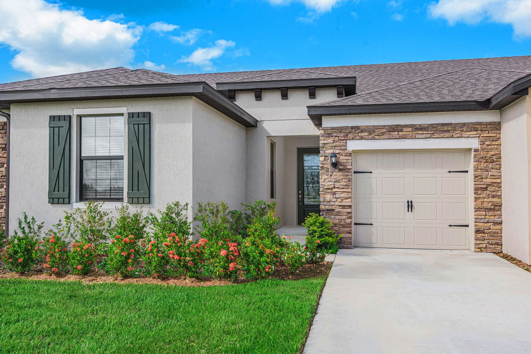 The Mateo at Celebration Pointe:Move-in ready home in an exceptional location