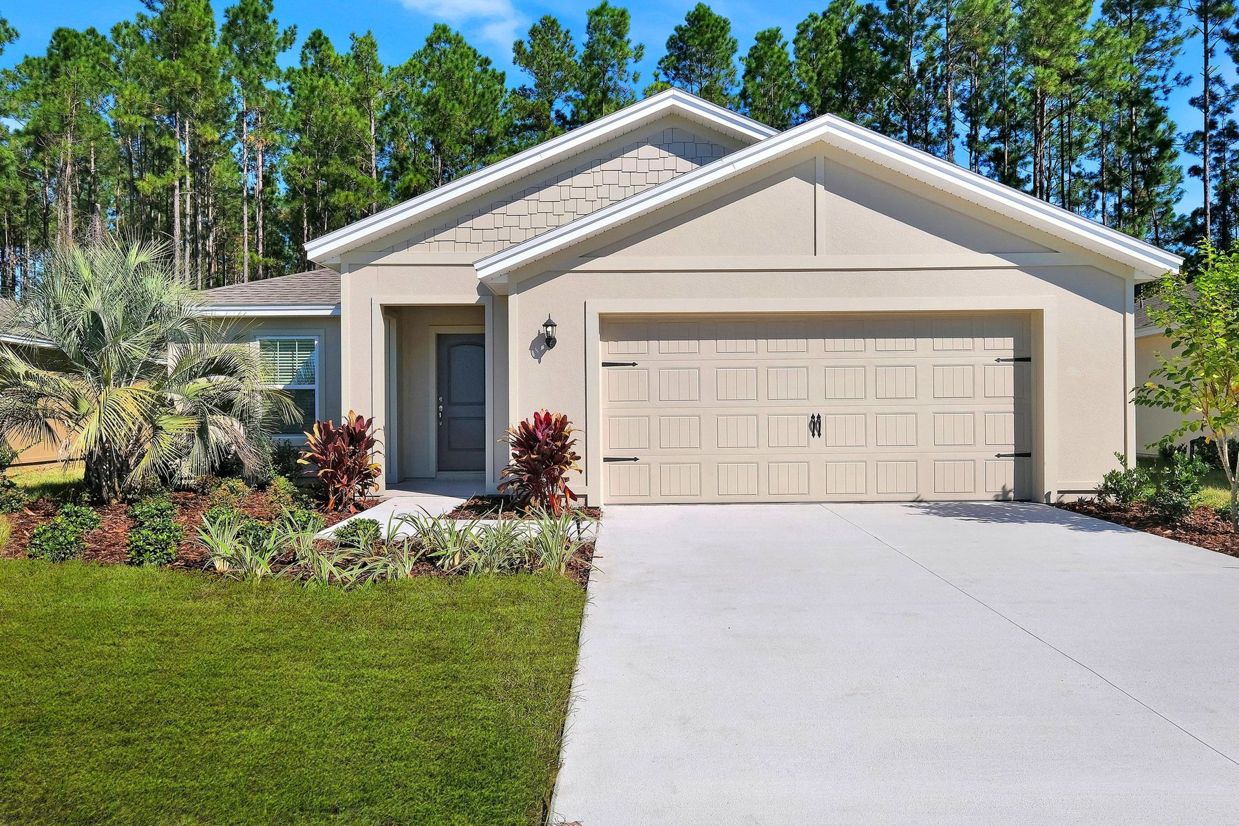 The San Marino at Celebration Pointe:Move-in ready home in an exceptional location