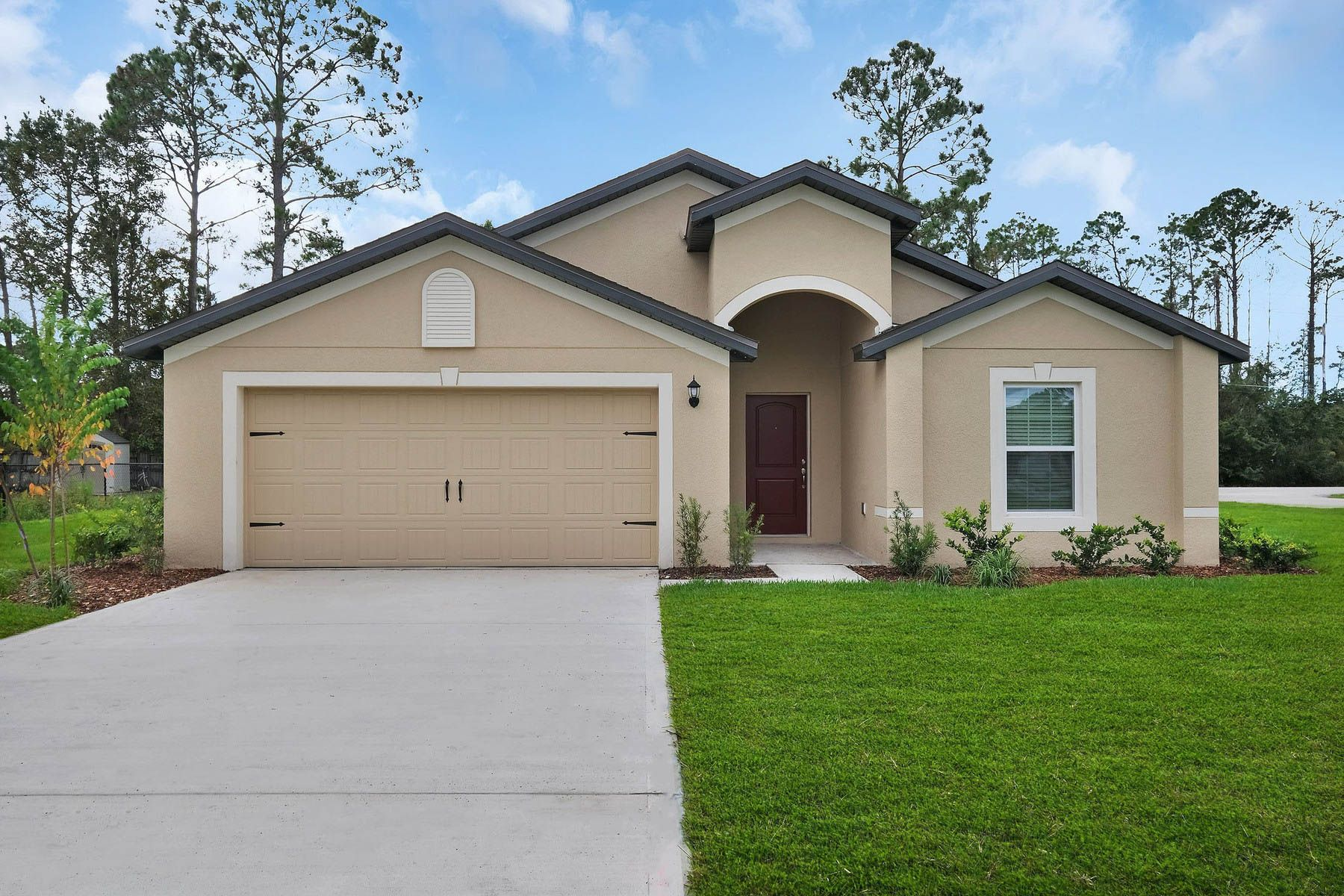 The Estero at Port St. Lucie:Move-in ready home in an exceptional location