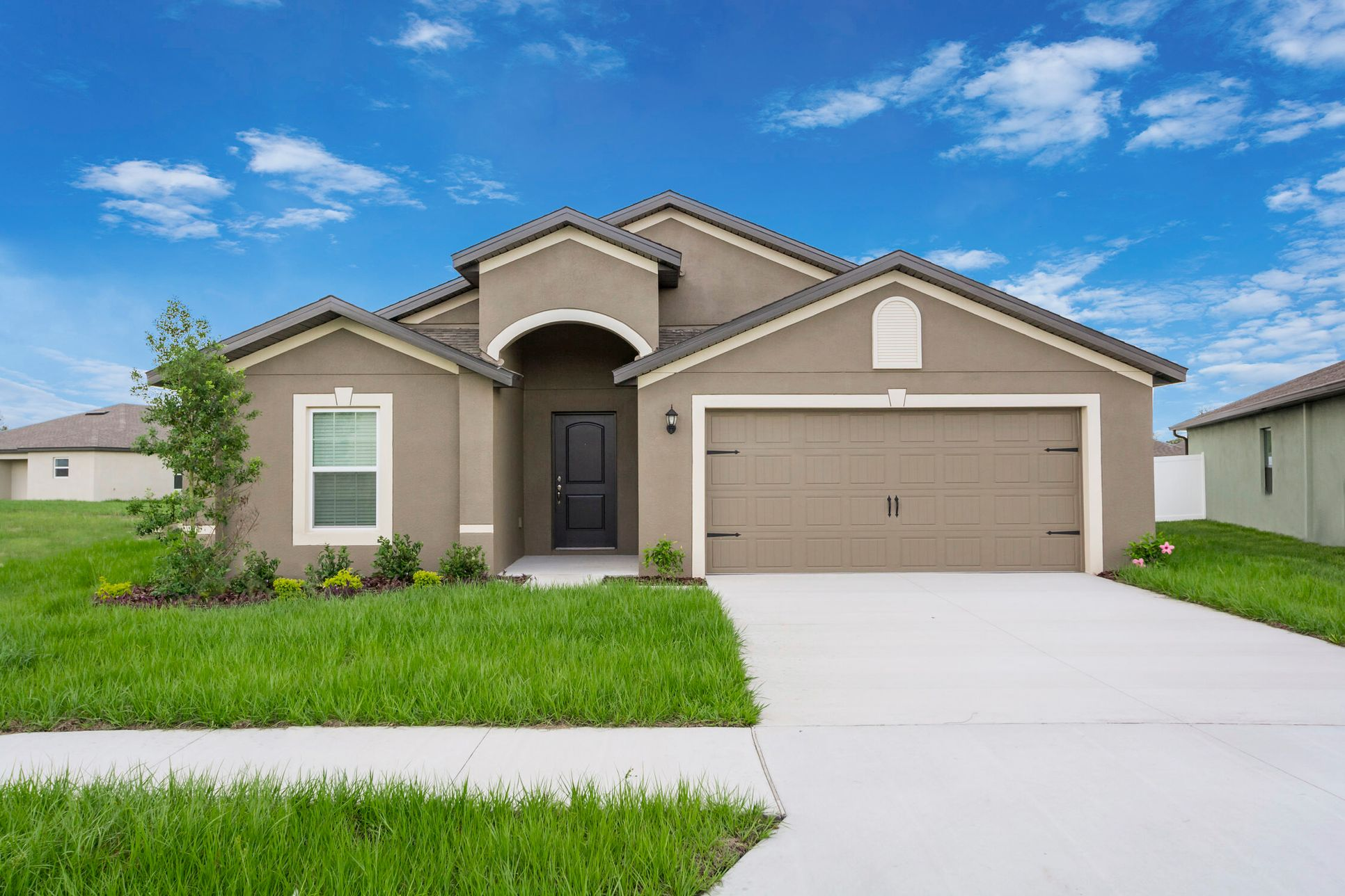 The Estero at The Ridge at Swan Lake:Move-in ready home in an exceptional location