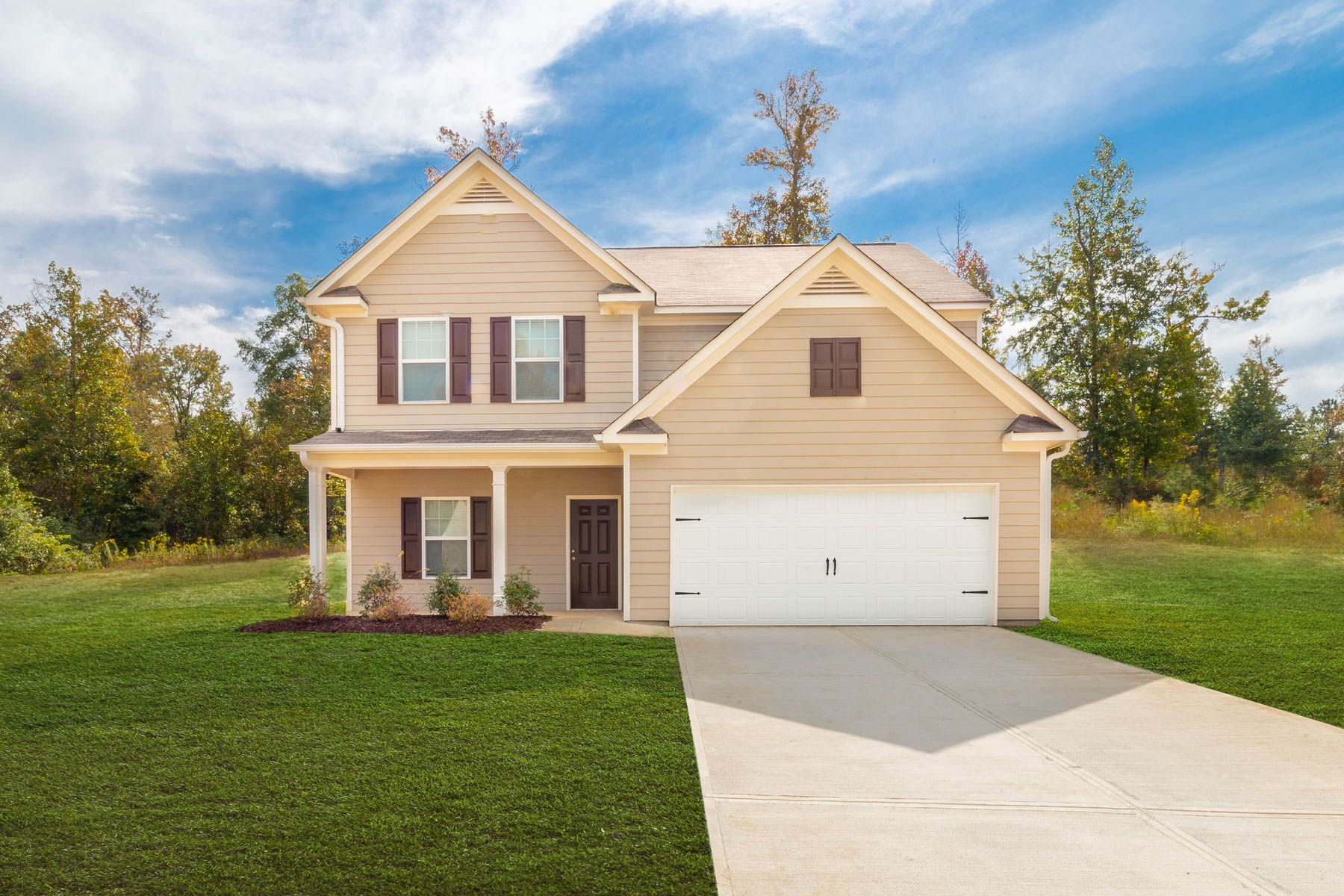 The Chatuge at Twelve Oaks:Move-in ready home in an exceptional location
