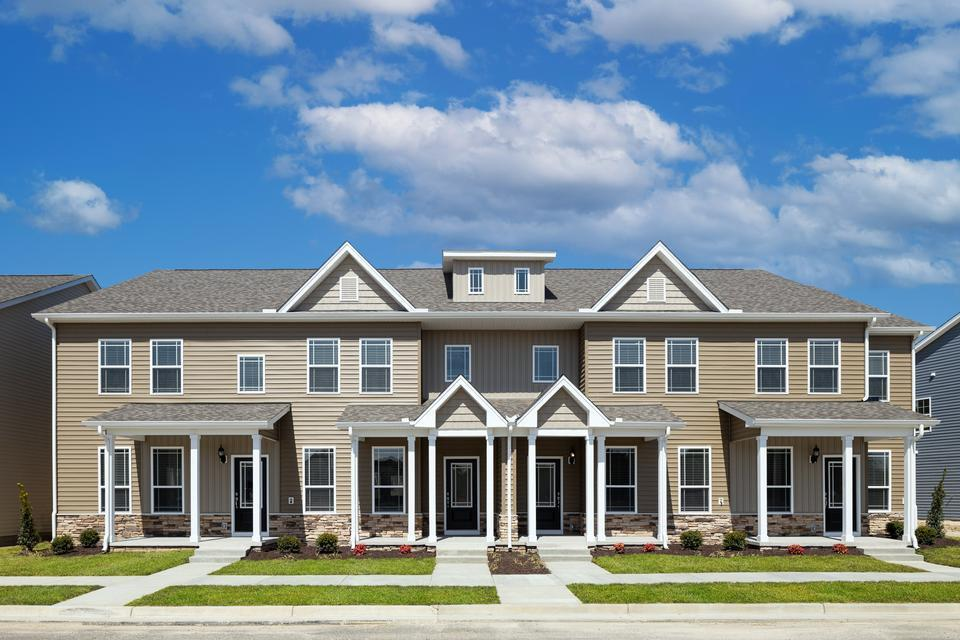 Townhomes at Huntington Pointe by LGI Homes:Four stunning townhome plans are offered, featuring upgraded kitchens, 3 to 4 bedrooms, game rooms and attached garages!