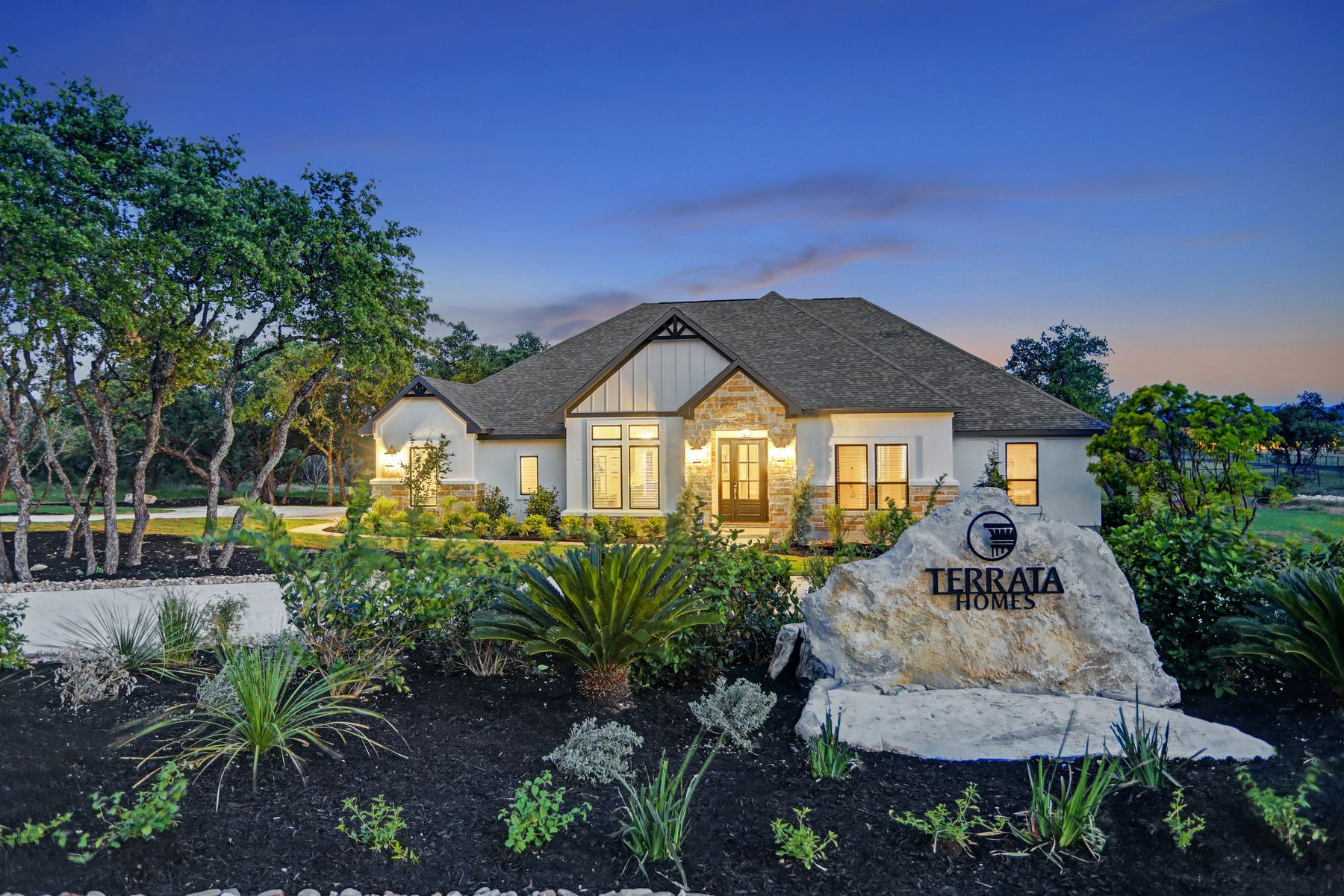 Spicewood Trails:Schedule your tour at Spicewood Trails today!