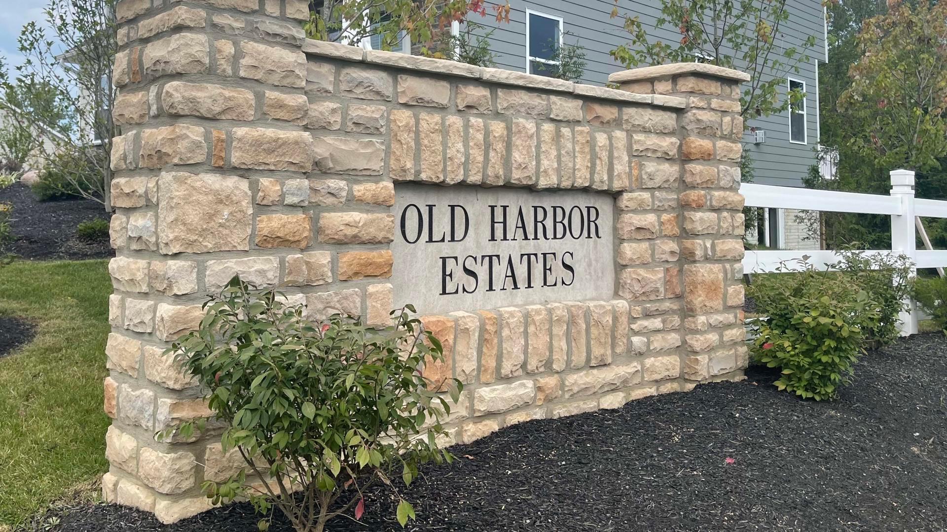 Old Harbor Estates,43035
