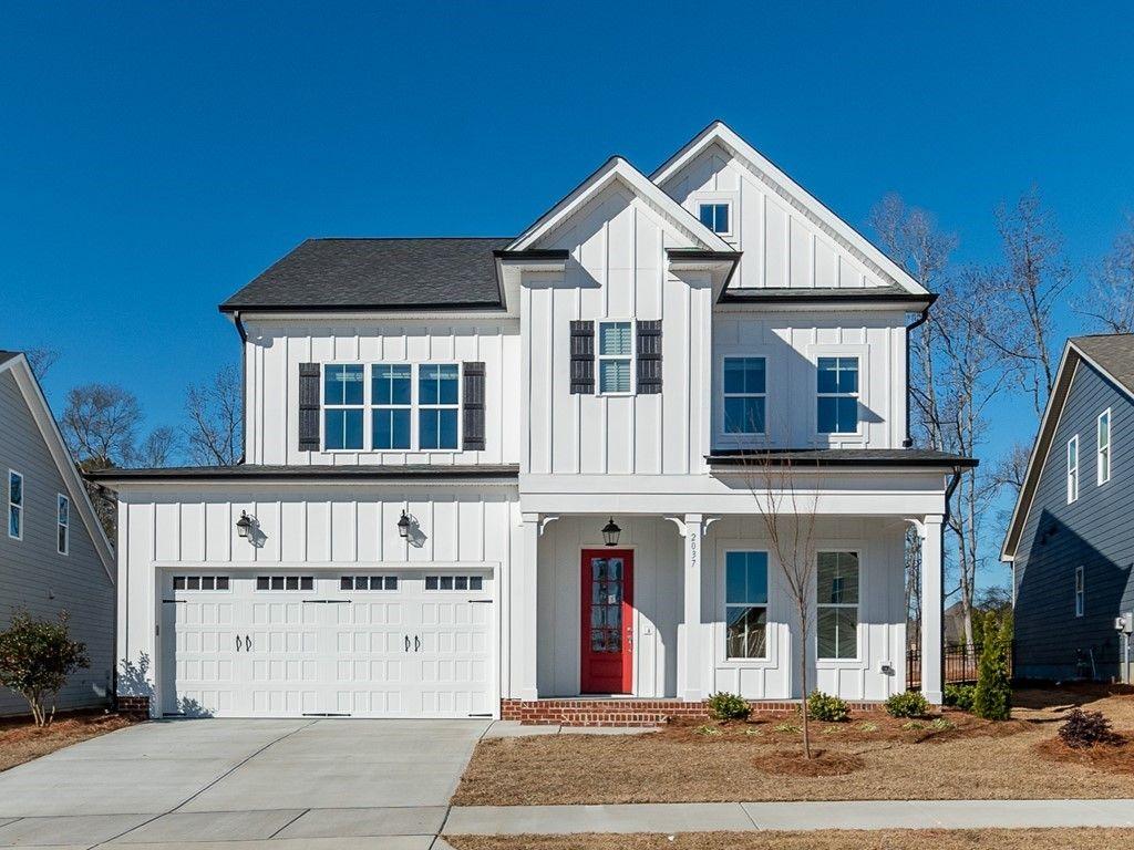 The Swansboro Farmhouse by Massengill Design - Build