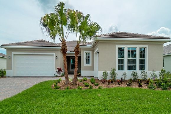 Exterior:London - Florida Traditional