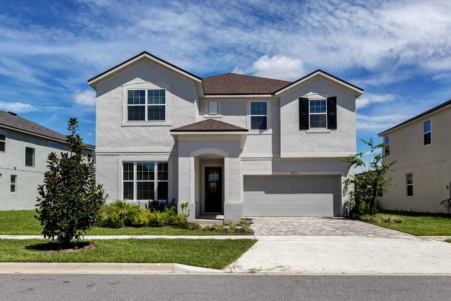 Exterior:Napa II - Florida Traditional