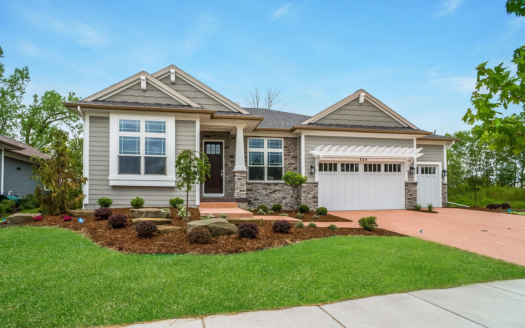 Eagle Eye Luxury Single Family Homes:Eagle Eye Luxury Single Family Homes