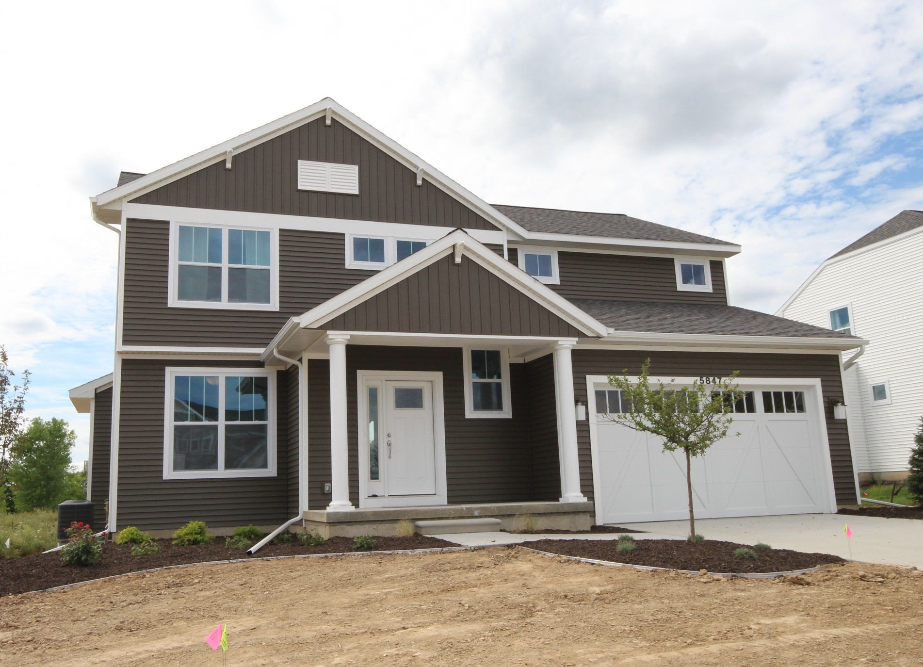 The Mackinaw by Mayberry Homes:Front Elevation