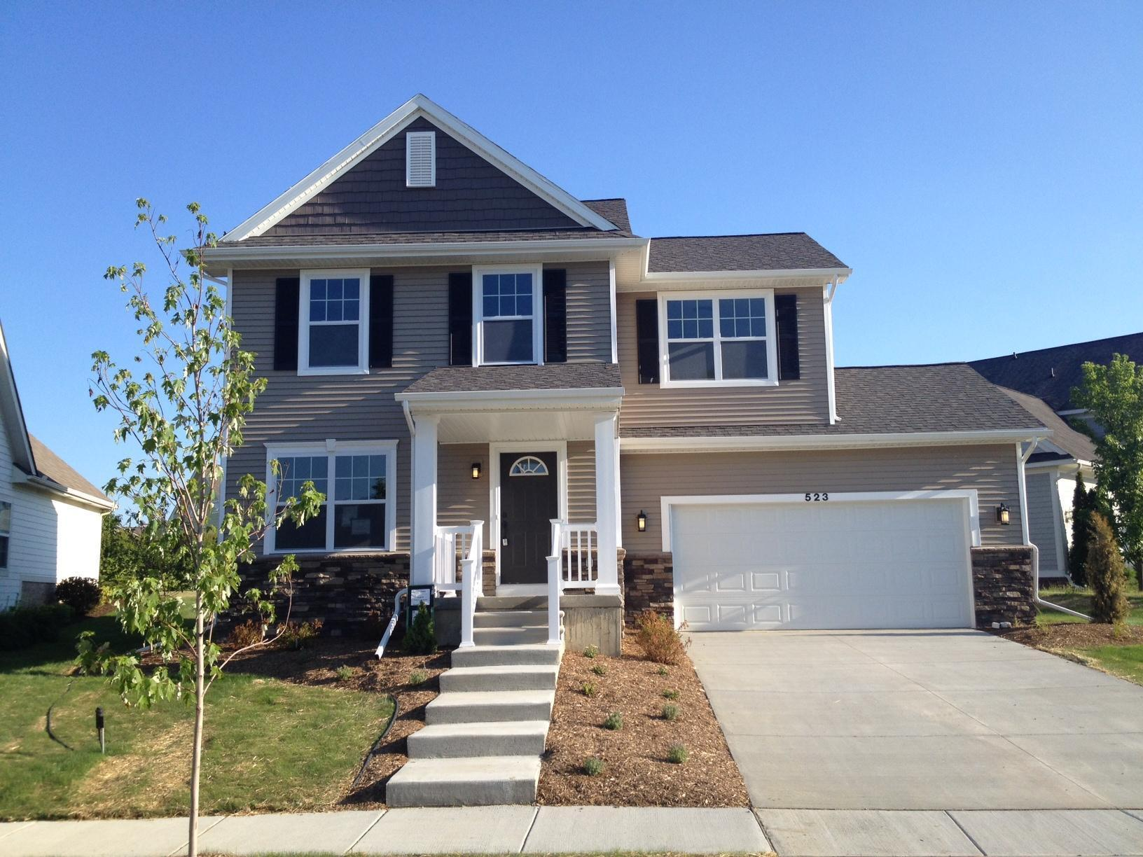 The Hickory by Mayberry Homes:Front Elevation
