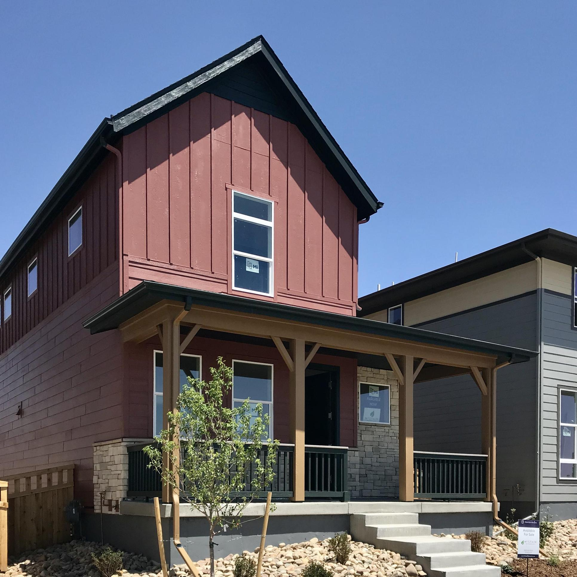 Cameo Farmhouse at Painted Prairie:Completion September 2020!