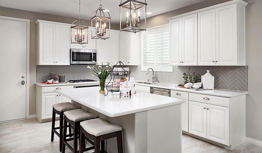 Lillian/Dogwood-LV-Kitchen (Highland Hills):Kitchen