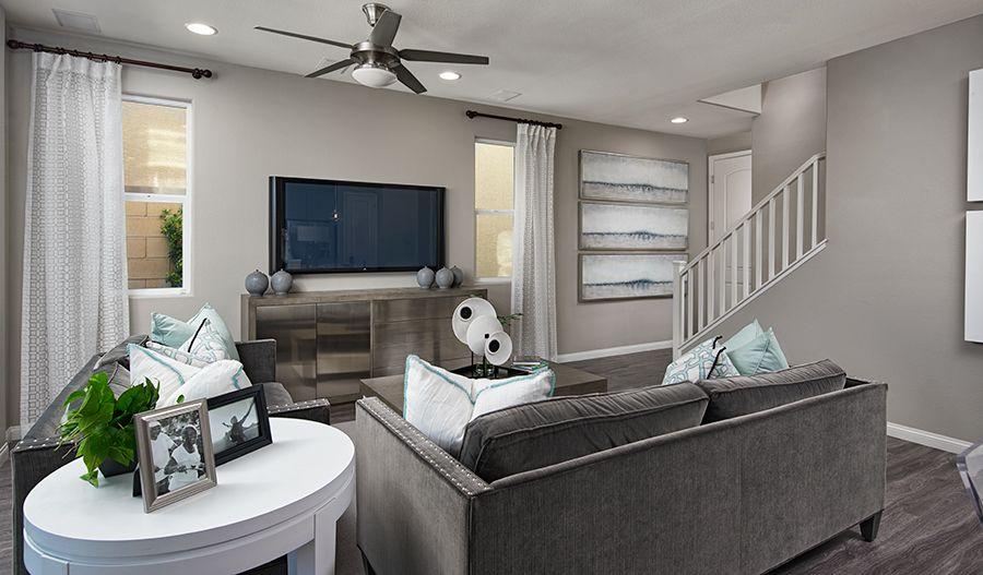 AcadiaAtSkyeCanyon-LV-Elaine Family Room:Family room