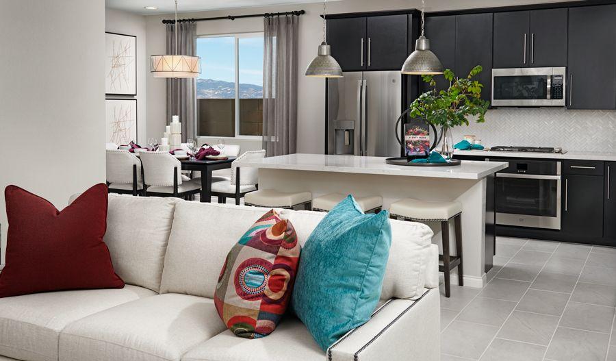 Birch-L609-SeasonsAtLynmar Great Room:The Birch