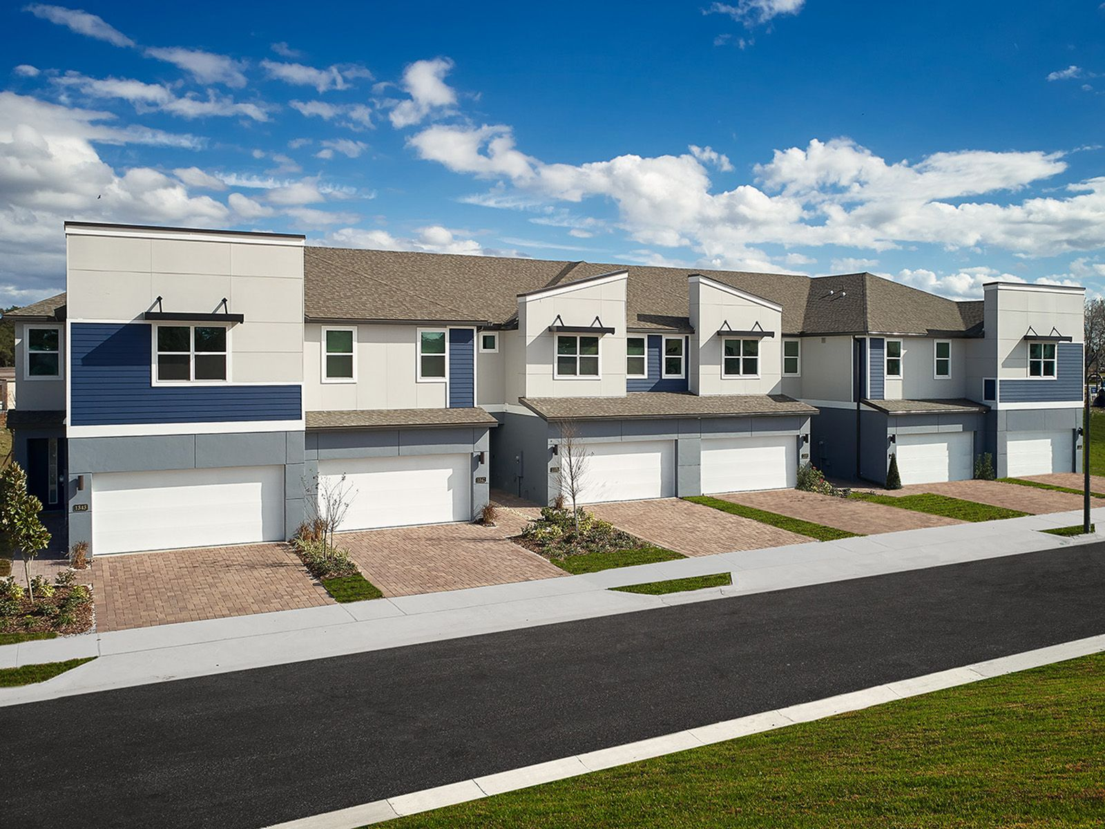 Hawks Crest Townhomes,32792
