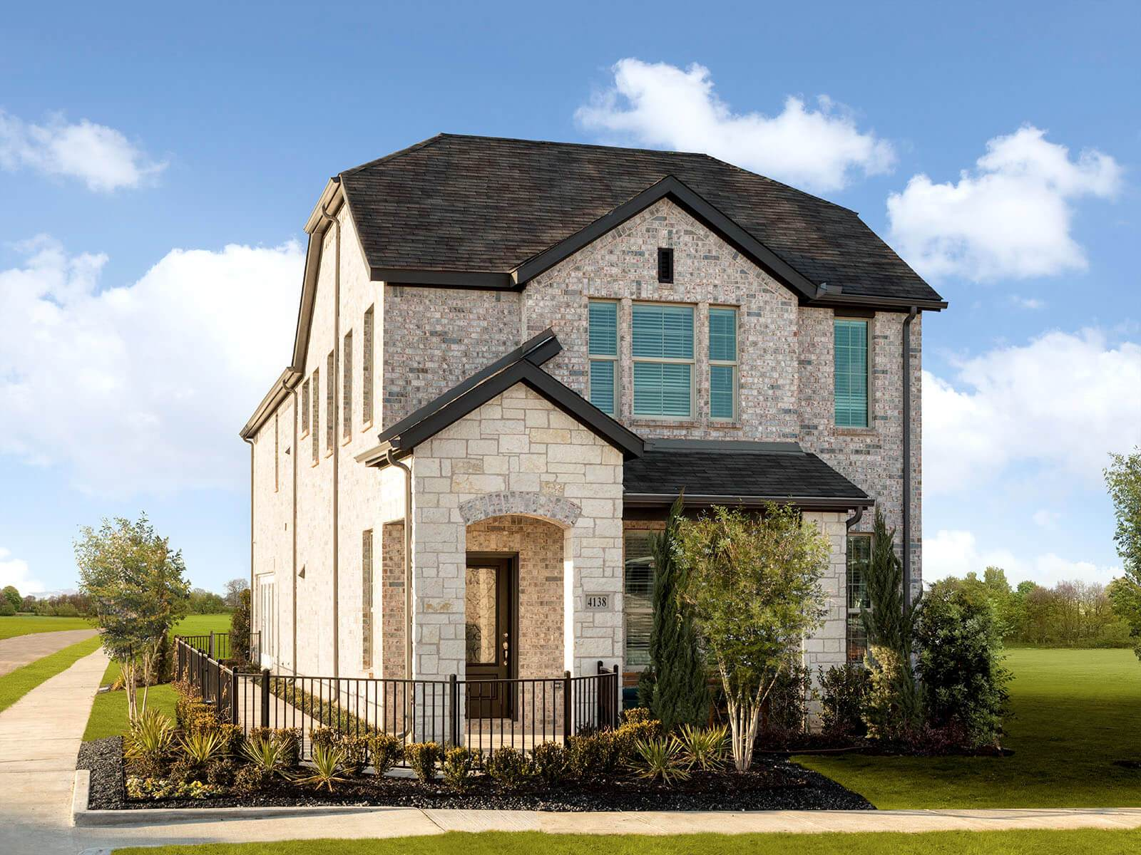 The beautiful Harrow model, featured at Ranch Park Village.