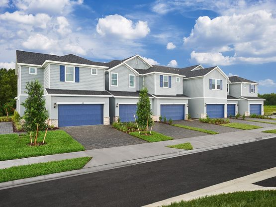 Beautiful townhomes conveniently located in Lakewood Ranch.