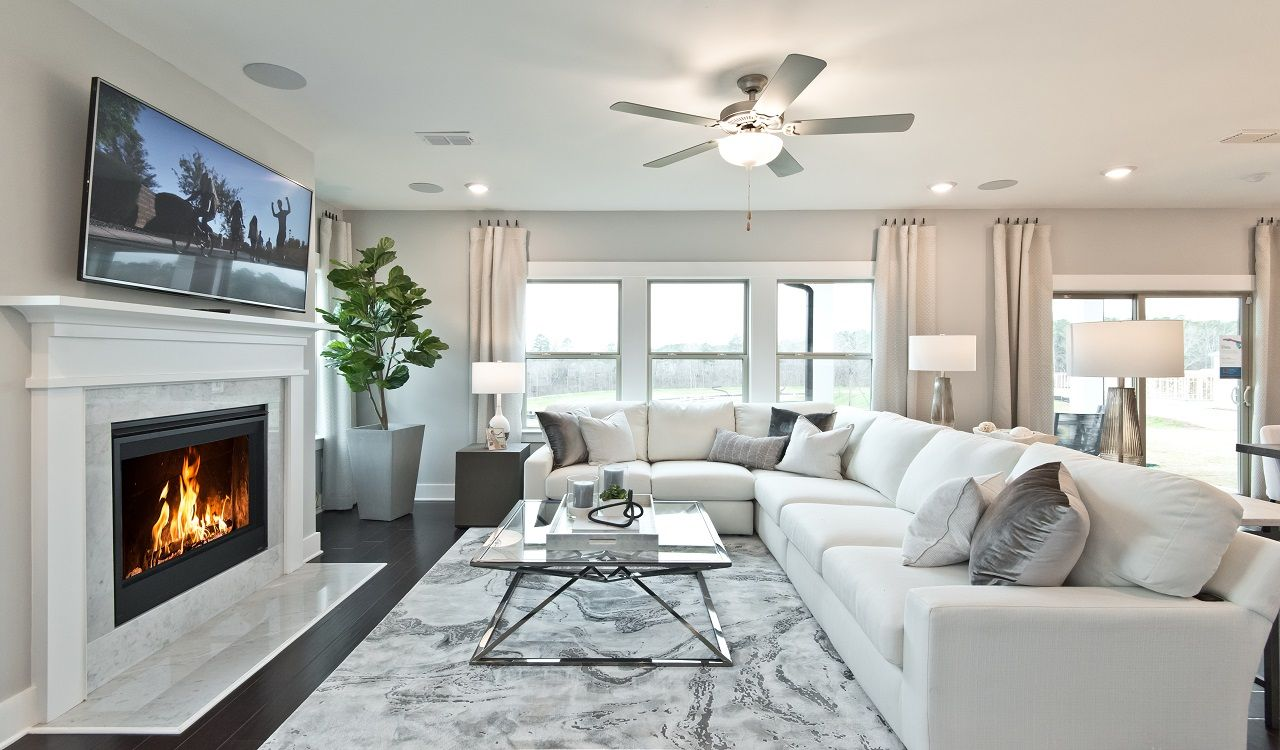 The open floorplan is perfect for entertaining. Photography from Riverside in Atlanta.