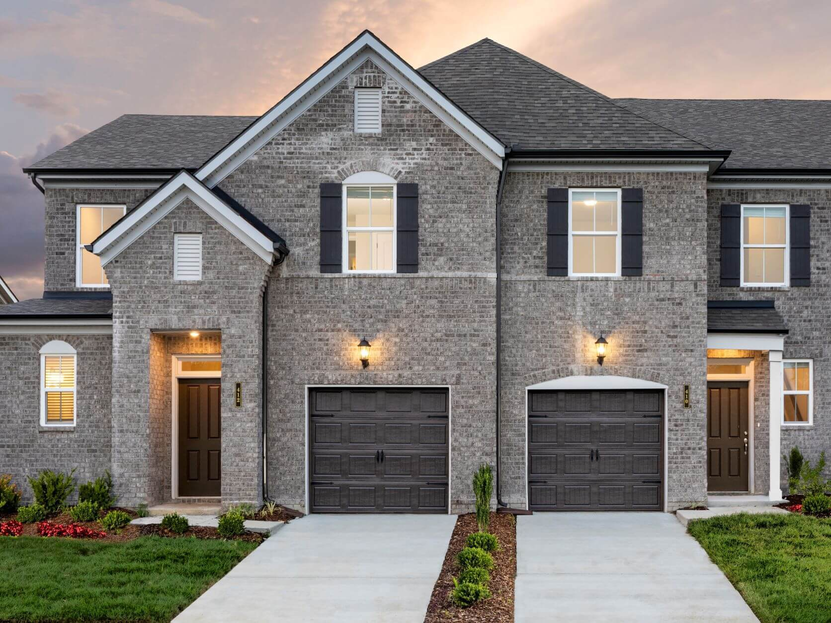 The Beckett townhomes features 3 bedrooms and a stunning open-concept floorplan.