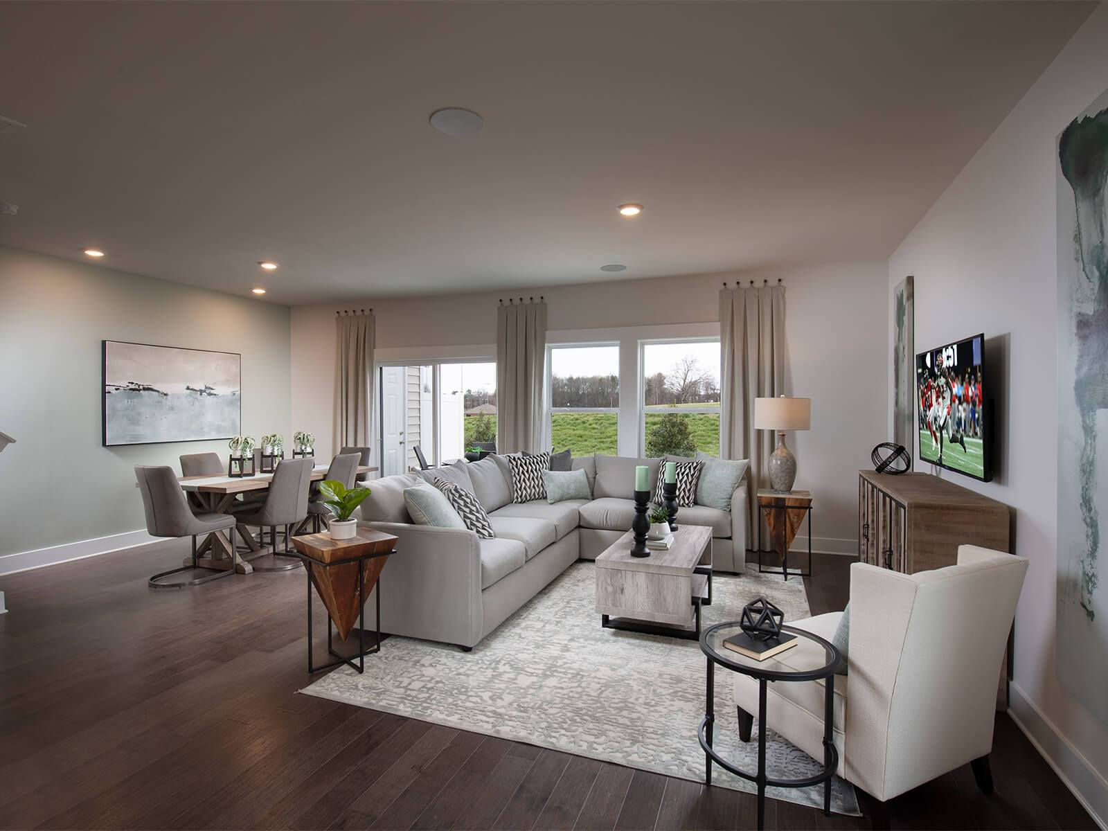 The open-concept floorplan allows for easy entertaining. Photography from Echo Ridge.