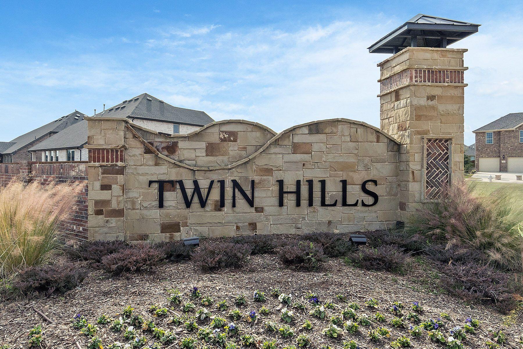Twin Hills Entrance