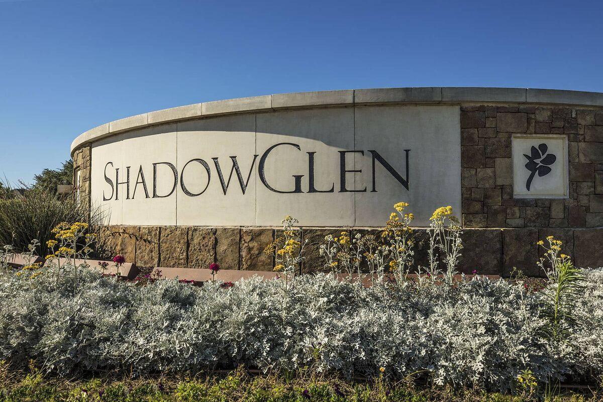 ShadowGlen Entrance