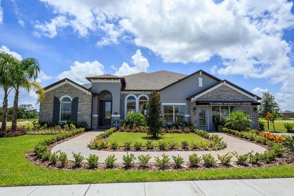 Estates at Lake Pickett Brookhaven