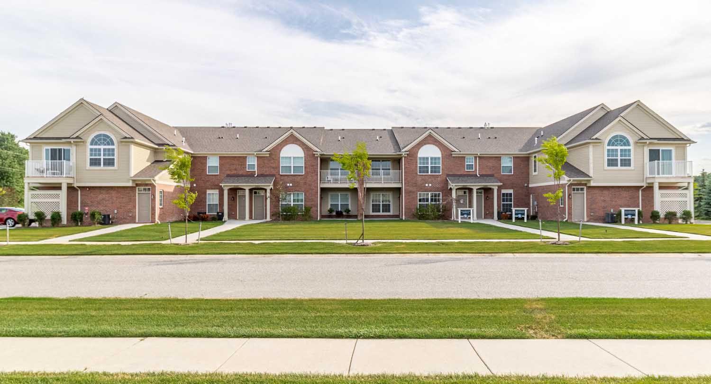 Hartford Village,48042