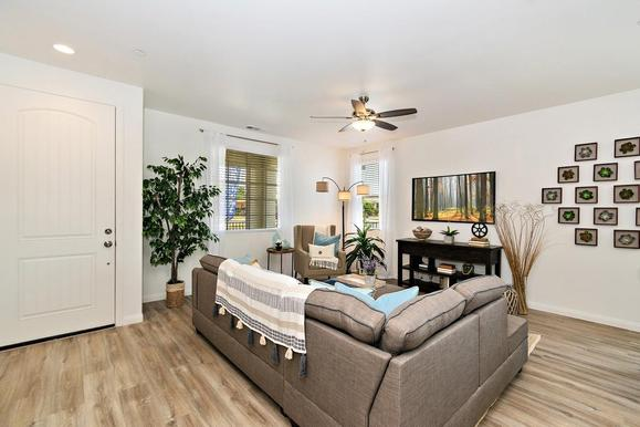Garden Villas - Colton:Residence 1