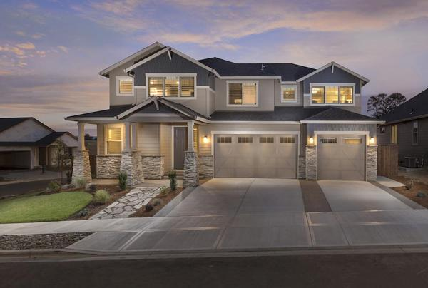Model Home at Cloverhill:The Laurelhurst Plan