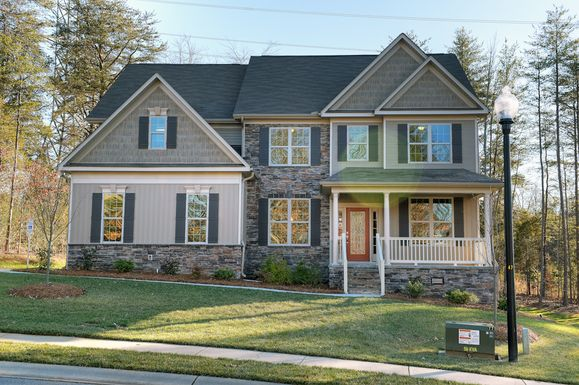 The Gates at Waterside Crossing:Stradford Model Home